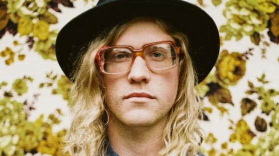 Source: http://hangout.altsounds.com/news/156268-allen-stone-debut-album-february-25th.html
